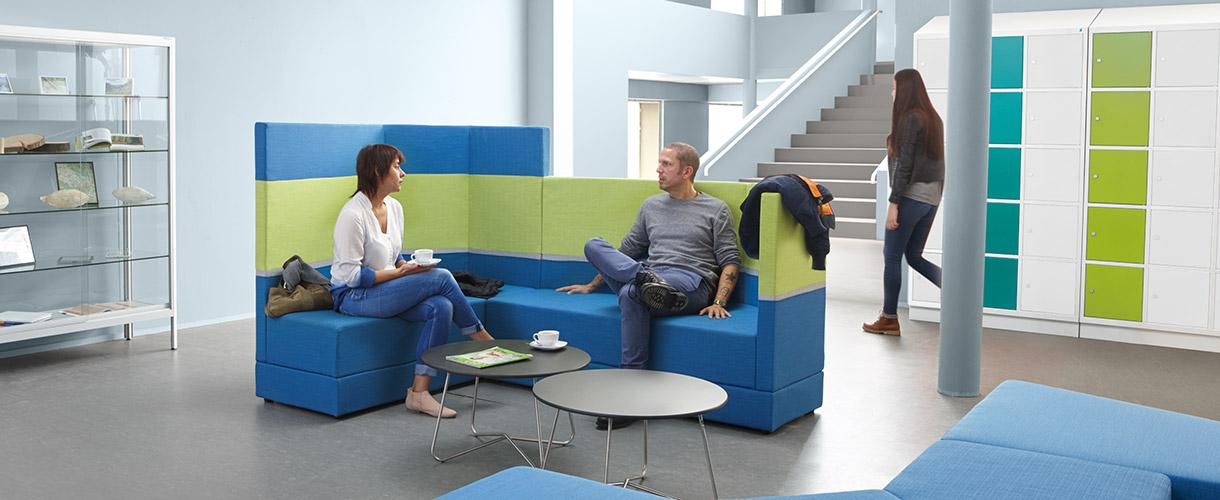 raumkonzept mensa project raumkonzepte und m bel f r die schule. Black Bedroom Furniture Sets. Home Design Ideas